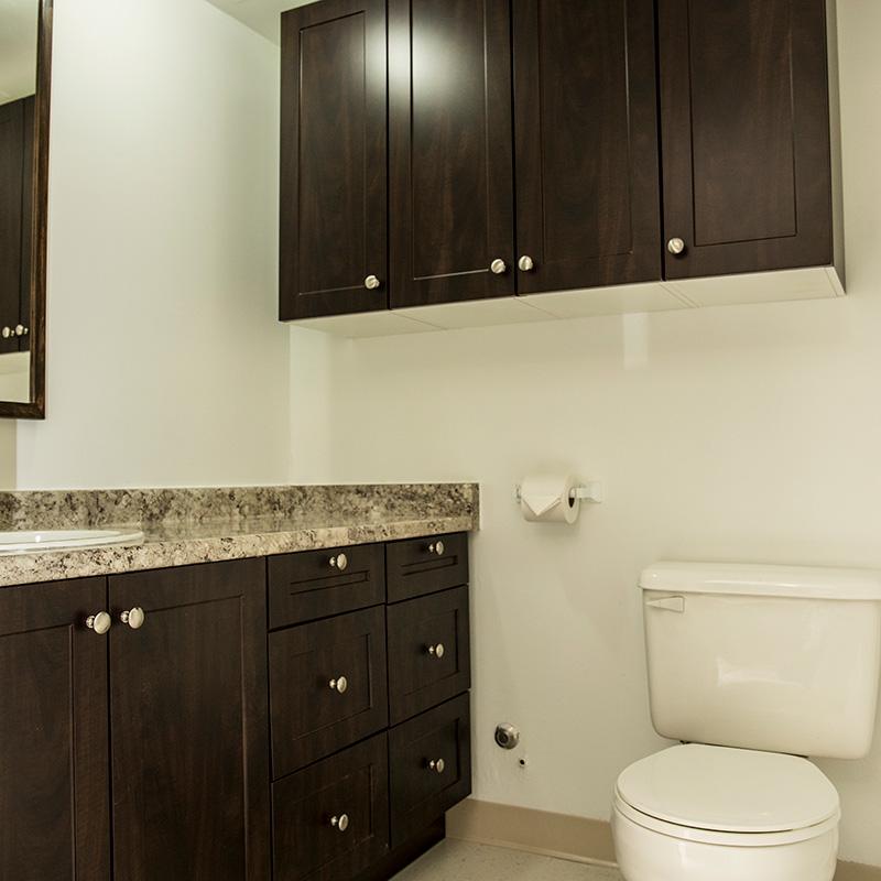 Suite-Style - Quad - Bathroom