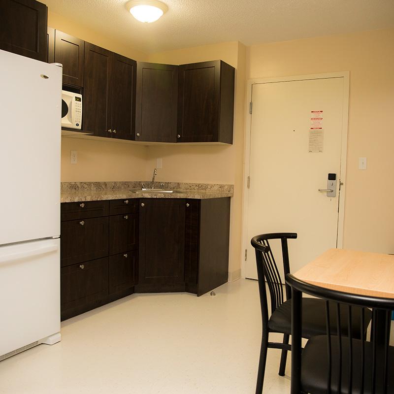 Suite-Style - Quad - Kitchen