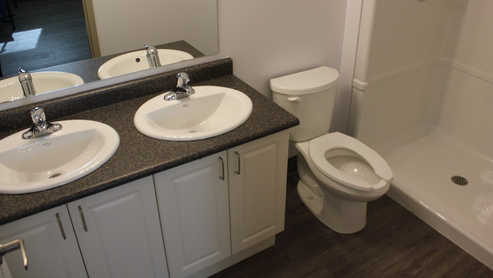 Whitby Campus- Whitby - Bathroom